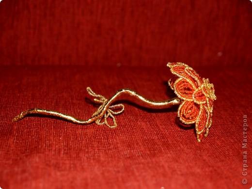 Цветок из бисера фото 2