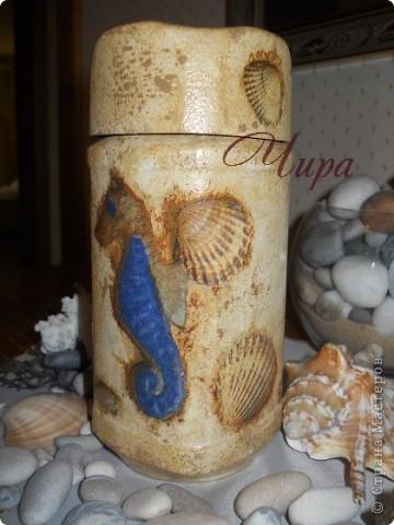 Здравствуйте,уважаемые мастерицы! По приезду с моря захотелось декорировать что-нибудь в морском стиле. Вот начало. Ещё будет бутылка. Она пока в работе. фото 7