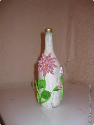 Вот делала бутылки под ликер который тоже делала сама. Правда в коллекции представлены не все бутылки некоторые подарила не сфотографировав фото 1
