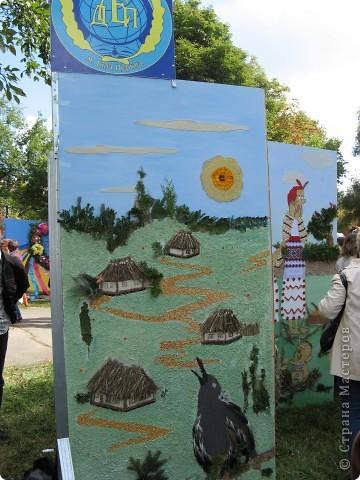 Каждый год в начале сентября в городе Белая Церковь проходит День города и так называемый Праздник цветов. Приглашаю всех желающих насладится красивым зрелищем к которому мастера готовятся целый год. фото 10
