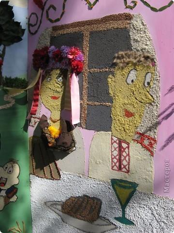 Каждый год в начале сентября в городе Белая Церковь проходит День города и так называемый Праздник цветов. Приглашаю всех желающих насладится красивым зрелищем к которому мастера готовятся целый год. фото 16