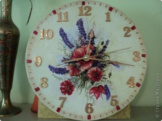 Долгожданные часы из старой виниловой пластинки