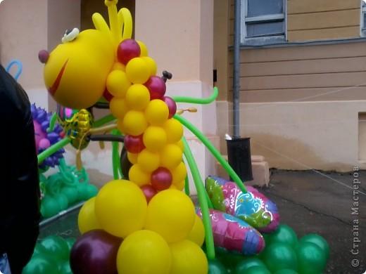 11 сентября был праздник.В Нижнем Новгороде отмечалось 790-летие.Раньше не могла выложить, так как довязывала бактус.В этот день мы с дочкой поехали на площадь Минина и Пожарского.Там был концерт,продавали разные поделки,показывали изделия из хлеба,выставка игрушек из воздушных шариков. фото 6