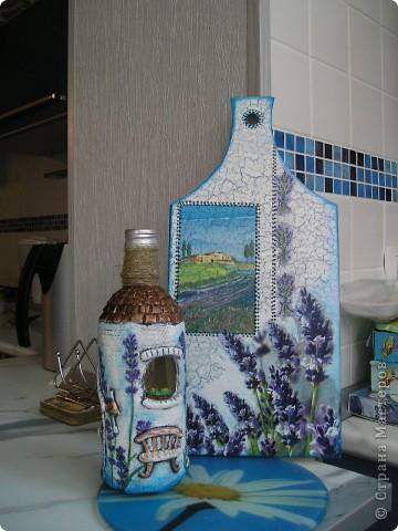 ну вот и моя бутылочка-повторюшка созрела!!!!!солёное тесто---и немного декупажа(куда же без лаванды!!!!) фото 1
