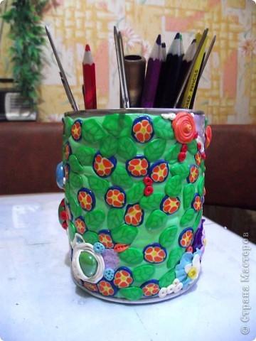 """Облепила банку из под детского питания пластикой """"Цветик""""-это был мой первый опыт работы с пластиком!Такой """"полимерный пэчворк"""" получился))) фото 4"""