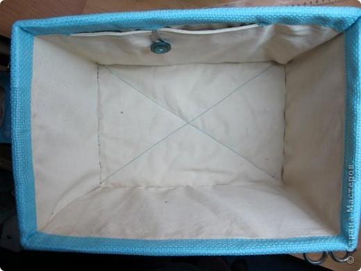 Я решила, что подруге явно не хватает в хозяйстве коробки для рукоделия. То, что это будет именно коробка, я решила точно, но вот какая она будет - долго перебирала варианты. В итоге вот что вышло.  Расскажу по этапно, может, кому пригодится)) фото 14