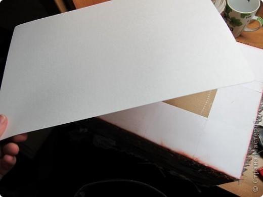 Я решила, что подруге явно не хватает в хозяйстве коробки для рукоделия. То, что это будет именно коробка, я решила точно, но вот какая она будет - долго перебирала варианты. В итоге вот что вышло.  Расскажу по этапно, может, кому пригодится)) фото 17