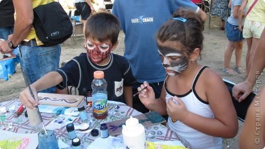 """Фестиваль искусств """"другой взгляд""""- Этот фестиваль был организован молодыми людьми с разным творческим идеи .Прекрасно настроение, много музыки и, в основном радость детям, каторые знакомили с искусством фото 20"""