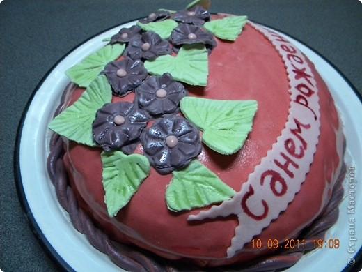 """Спекла для свекрови на День рождения. Внутри """"Шоколад на кипятке"""" крем зефир со сметаной и вишня. фото 2"""