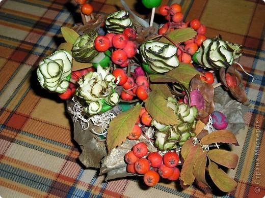 Красивый букет на праздник осени. Найдёте божью коровку?:)) фото 1