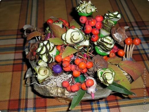 Красивый букет на праздник осени. Найдёте божью коровку?:)) фото 2