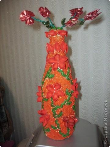 Очередная бутылочка украшенная макаронами фото 1
