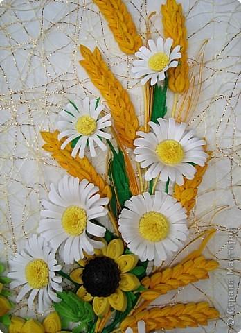 В этот раз получился подарок осени-композиция  из подсолнушков, ромашек и колосков.Работа сделана на заказ,надеюсь,что это панно будет согревать в зимние вечера. фото 4