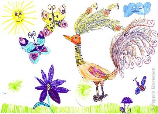 Рисовала картинку дочь 6,9 лет.Рамочку делала я из скрученных бумажных палочек. Затем расскрашивала их акварелью. Чтобы места стыковок замаскировать, приклеила сверху листочки. фото 5
