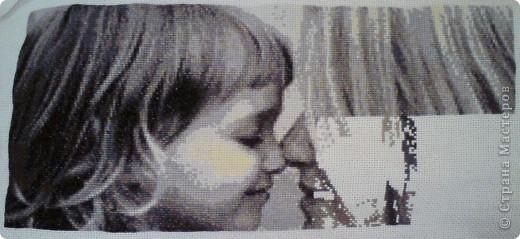 Всем здравствуйте! Сразу прошу прощения, так как работа не оформлена, как оформлю дополню фото в рамке. Просто очень хочется поделиться радостью окончания работы. Схему взяла безвозмездно на сайте http://www.igolki.net/ . В работе использованы мулине 14 оттенков фирмы DMC.   фото 3