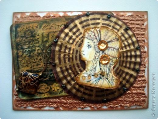 """Вот и завершилась с приходом последних карточек, наша увлекательная и интересная игра, предложенная Олечкой (Олисандра) http://stranamasterov.ru/node/211670 Моя версия карточек на тему """"Греция"""", пыталась создать иллюзию фресок с прекрасными красавицами древней Греции При создании карточек использована: скрап бумага (подарочек Юлечки), распечатки греческих девушек и кракелюрный лак-рамочки Игра мне очень понравилась, надеюсь будет продолжение..... фото 10"""