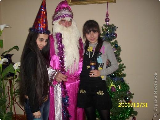 Костюм шила лет семь назад. Опыто тогда совсем не было, но все таки каждый год он радует нас!!!))) фото 2