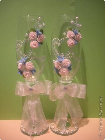 В салон заказали в голубом цвете, но полностью голубые цветы мне просто не понравились сделала вот так, надеюсь молодоженам тоже понравятся фото 1