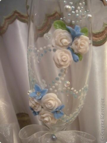 В салон заказали в голубом цвете, но полностью голубые цветы мне просто не понравились сделала вот так, надеюсь молодоженам тоже понравятся фото 2