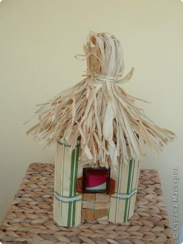 Втянулись в творческий процесс к празднику осени. Сделали ещё павлина, ель и домик. фото 4