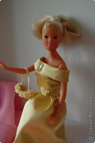 Это мои первые шаги в шитье,шить не умею вот решила попробовать на куклах,как получилось судить вам фото 5