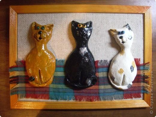 Одна из самых первых работ -  Мурзик, Васька и Чита (у моей бабушки была кошка Чита )))))