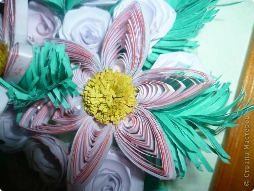 """хотела  создать картину """"розы на еловых ветках"""", но утром надо было чтоб она готова была... вот результат ночной работы. фото 3"""
