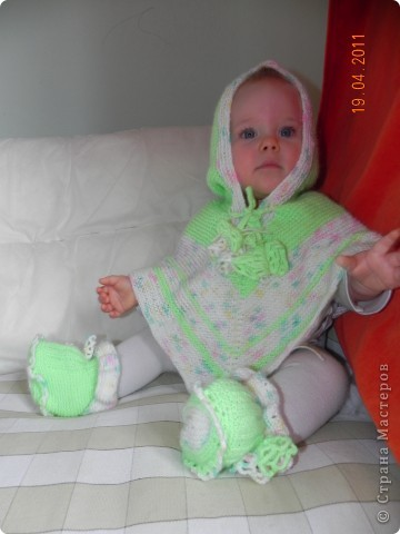 Кардиган и носочки на моей дочке)))) фото 1