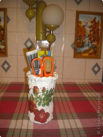 этот стаканчик я сплела для хранения инструмсентов для плетения( ножниц,спиц,кисточек) фото 2