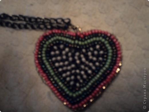 Продолжая болеть сидя дома коллега по работе зная мои увлечения подарила на 8 Марта набор-поделку (вышивка сердца бисером) и вот, что получилось фото 2