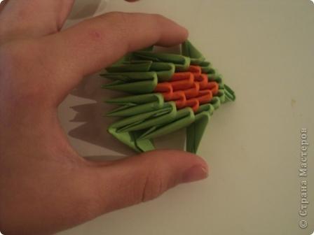модули для этой поделки делаем из листа бумаги А4, сложенной в 5 раз фото 11