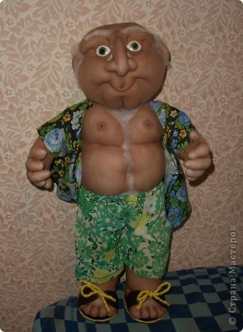 Кукла создана по образу моего дяди на его Д.Р. Рост 45 см. В руки вставится подарок))) фото 1
