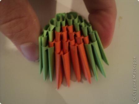 модули для этой поделки делаем из листа бумаги А4, сложенной в 5 раз фото 6