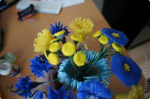 Девочки, налепила полевых цветов, хочу сделать букет. фото 3
