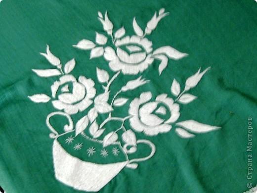 Вот такая салфетка украшает швейную машинку! фото 2