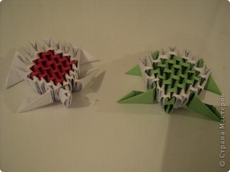 модули для этой поделки делаем из листа бумаги А4, сложенной в 5 раз фото 1