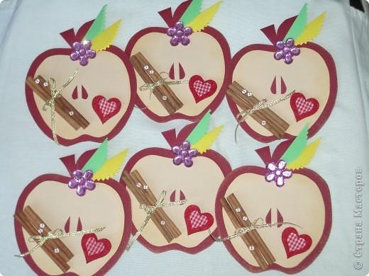 Насмотрелась я у  ya-yalo  http://stranamasterov.ru/node/235091   на урожай яблок и сделала ко дню учителя яблоки,запечённые с корицей. фото 1