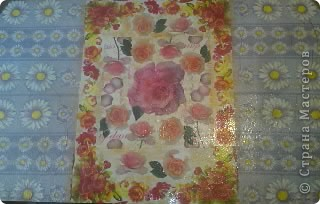 Не сфотографировала до покраски,извините! Покрасили стол на пару с любимым! краска акриловая + клец ПВА! фото 2