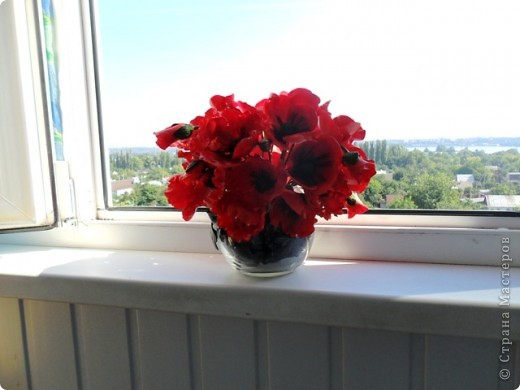 Высота композиции: 25 см Диаметр композиции: 26 см Диаметр отдельного цветка: в среднем 7 см фото 10