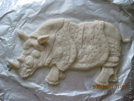 Попросили сделать носорога, как логотип предприятия. Вот что получилось. Прототипом послужила картинка с носорогом Семенченко Виталия. Нашла в интернете. фото 1