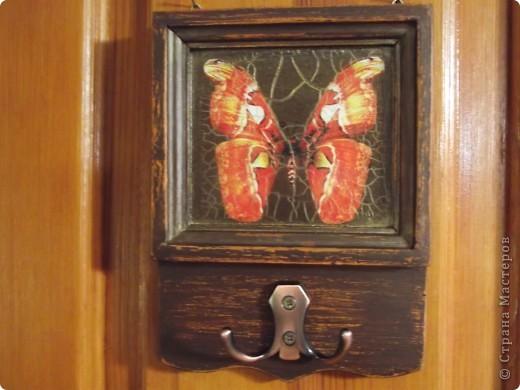 Часы на виниловой пластинке были сделаны в память о погибшей собаке и подарены ее хозяевам.  фото 2
