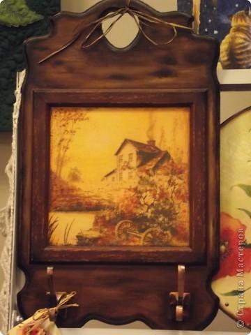 Часы на виниловой пластинке были сделаны в память о погибшей собаке и подарены ее хозяевам.  фото 11
