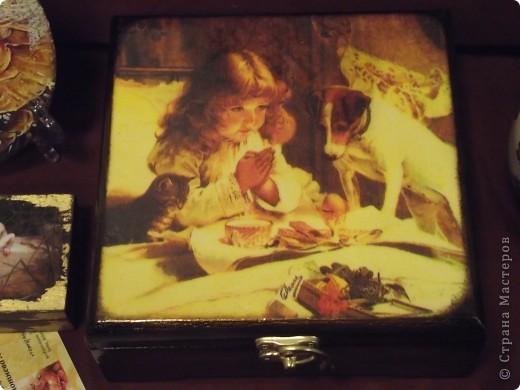 Часы на виниловой пластинке были сделаны в память о погибшей собаке и подарены ее хозяевам.  фото 23