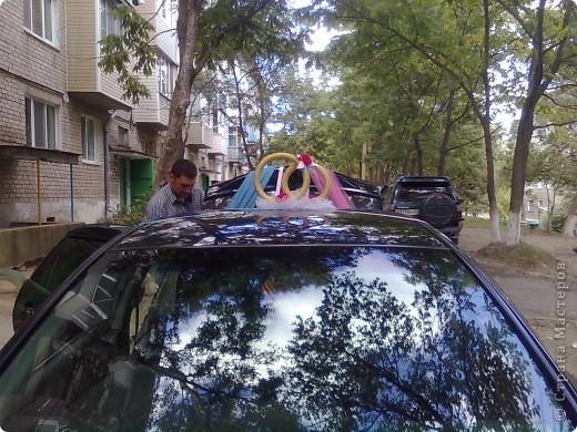 Недавно меня попросили украсить свадебную машину. Вот результат. фото 3