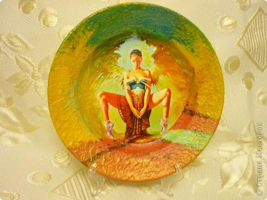 распечатка, акриловый краски,дорисовка,по краю тарелки густая акриловая краска,лак для саун фото 1