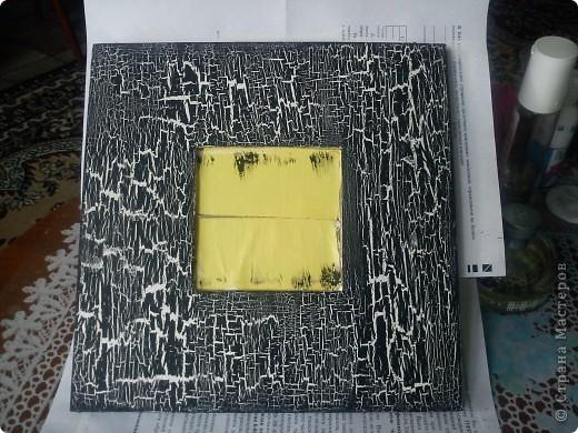 Добрый вечер! Икеевское зеркало загрунтовала белой краской. Кракелюр на ПВА. верх черный акрил. Покрыла лаком. фото 1