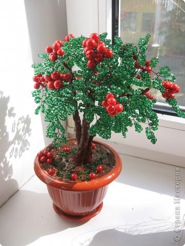 дерево Брусника из бисера