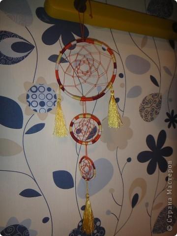 Начну со своего самого главного увлечения - плетение из ниток различных фенечек, браслетов, расточек и ловцов снов фото 4