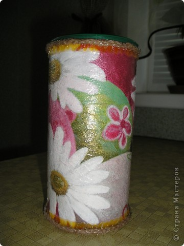 Вот такие баночки получились из-под чая НIPP. На кухне неплохо смотрятся, да и хозяйке пригодятся.  фото 3