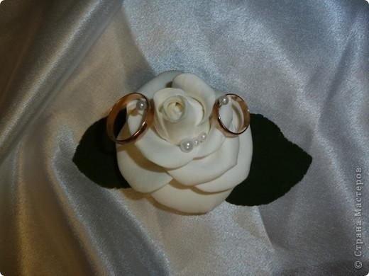 Подушечка для колец, выполнена из полимерной глины decoclay фото 1
